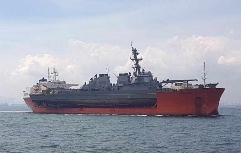 USS John S. McCain Departs Subic Bay en route to Yokosuka