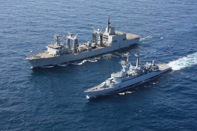 ESPS Patiño met up with CTF151 Pakistan Warship PNS Tariq