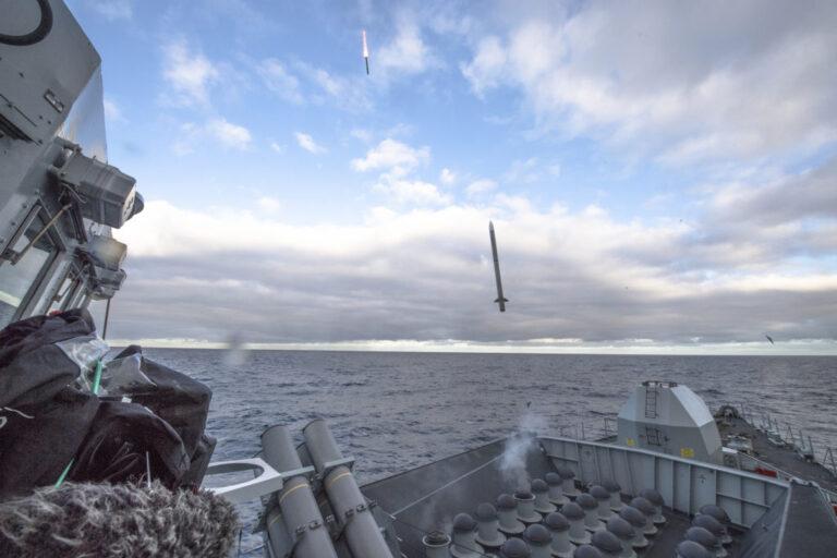 Royal Navy completes Sea Ceptor firing trials.