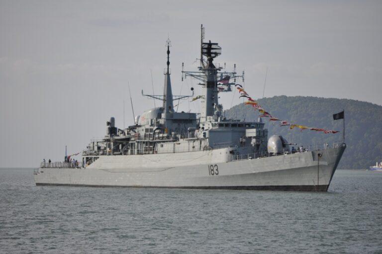 Pakistan Navy Task Group visited Port Victoria
