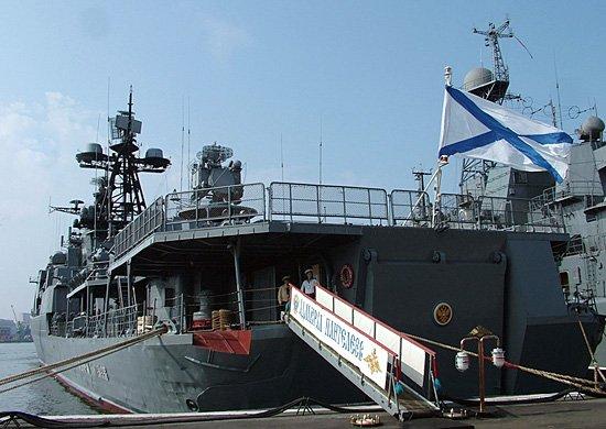 Russian warships visit to Shanghai