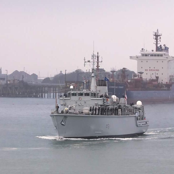 Minehunter HMS Cattistock has set off from Portsmouth to join SNMCMG1