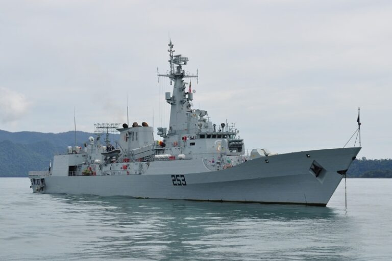 Pakistan Navy Ship SAIF arrived Saudi Arabia for Regional Maritime Security Patrol