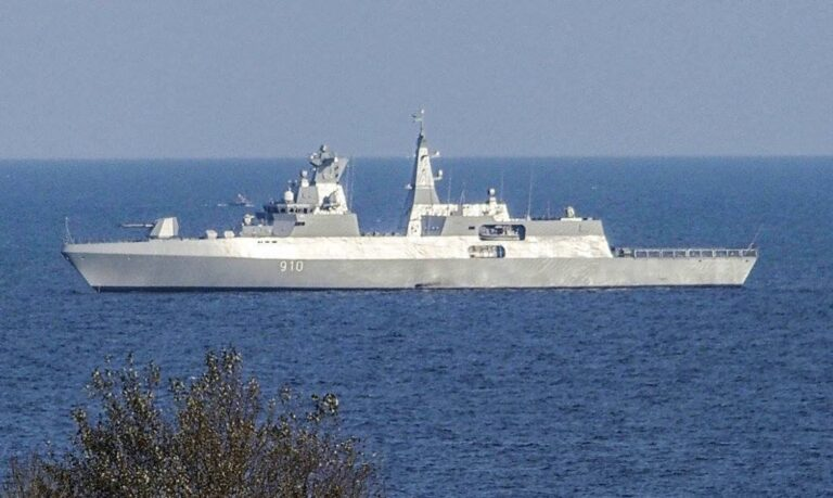 Egypt is negotiating with Germany for obtaining 2 MEKO A200 corvette