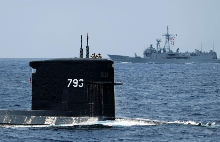 Raytheon gets $60m to deliver torpedoes to US and Taiwanese Navy.
