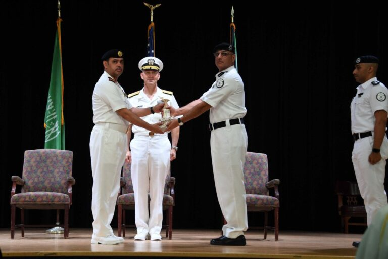 The Royal Saudi Navy handed over command of CTF152 to the Kuwait Coast Guard