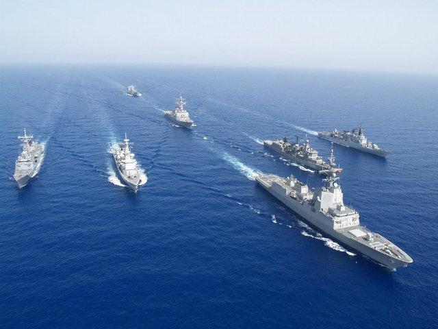 Northern Fleet task force arrives to Kronstadt after global circumnavigation