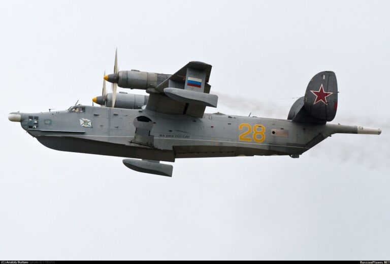 Russian BE-12 Aircrafts will Hunt Submarines