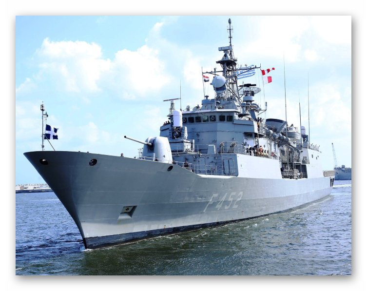 Egyptian and Greek Navies Conducted Bilateral Exercises at Mediterranean