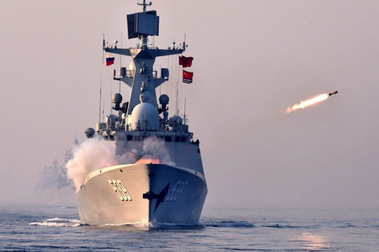 Iran, Russia and China to Execute Joint Naval Exercises at Gulf of Oman