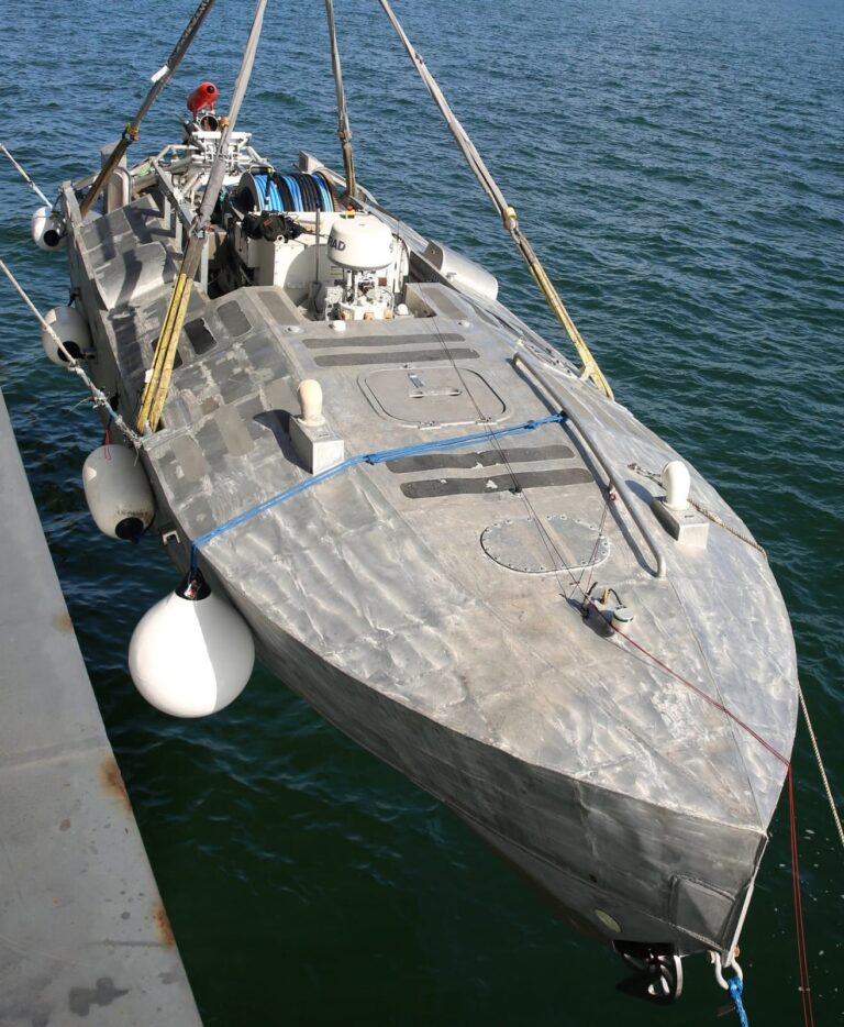 U.S. Navy to Use Unmanned Technology for Hunting Mines