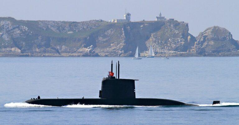 Turkish Navy will Build Indigenous Submarine