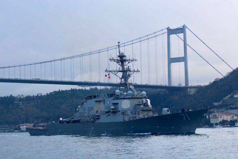 USS Ross leaves the Black Sea