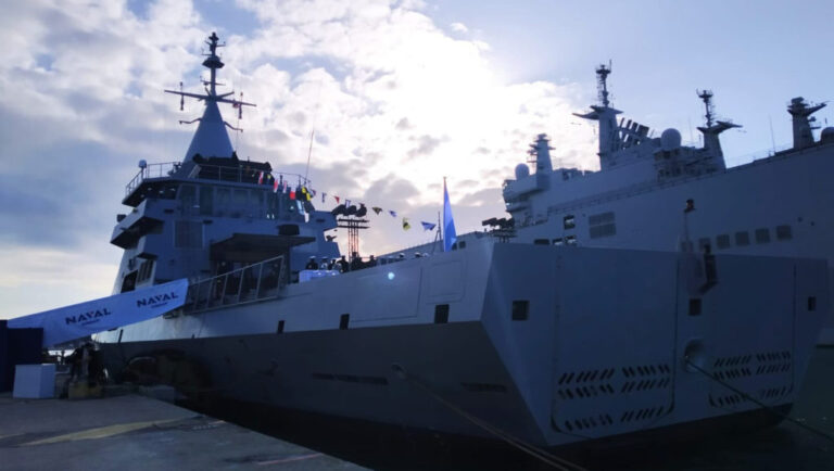 Argentinian Navy Welcomes ARA Bouchard at Toulon
