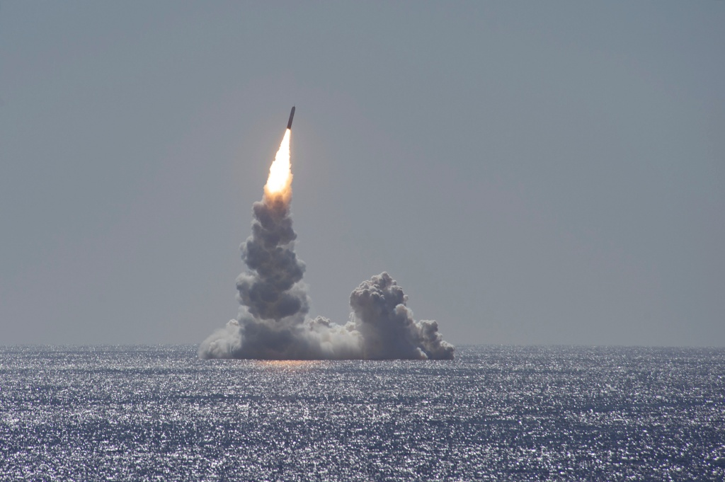 USS Maine Successfully Tests Trident II D5LE Missile