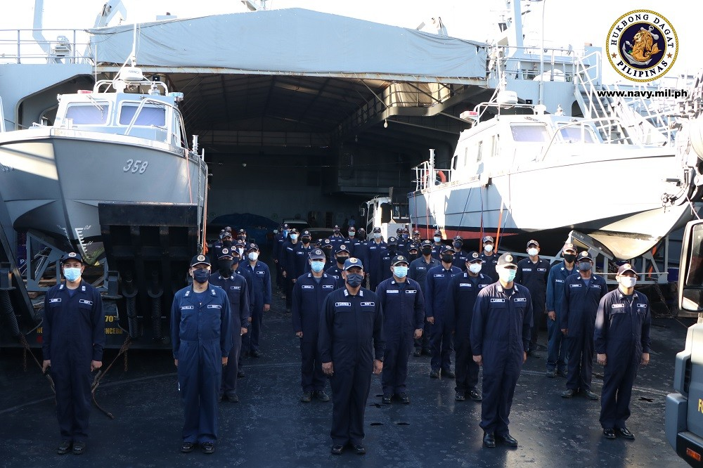 Philippine Navy deploys 2 Patrol Boats to increase maritime activities in Visayas