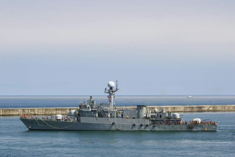 South Korea to donate a Pohang-class corvette to the Colombian Navy