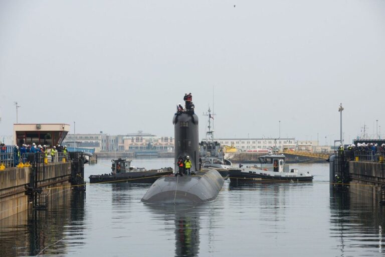 The newest SSN of the French Navy sets out for initial sea trials