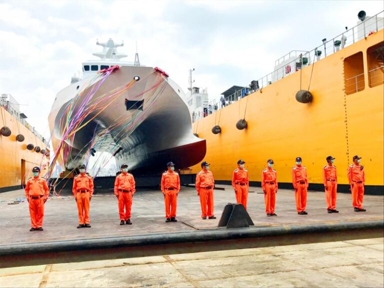 Taiwan unveils locally built patrol ship