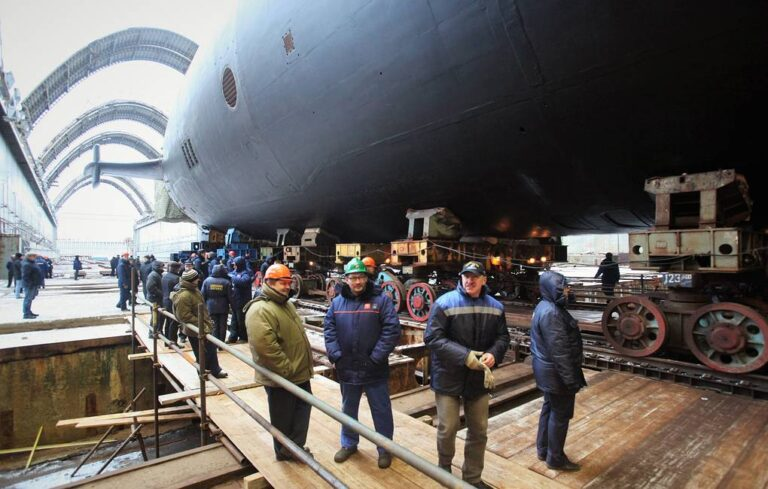 Sevmash Shipyard floats out 2nd Borei-A-class submarine