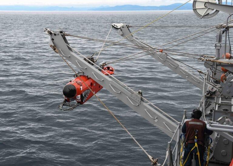 The U.S. and Japanese navies begin  MIWEX 2JA 2020 exercise