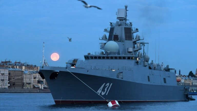 Russian Navy to get hypersonic weapons-equipped frigates by 2025-2026