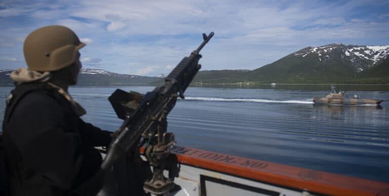 USS Roosevelt conducts PASSEX with Norwegian Navy
