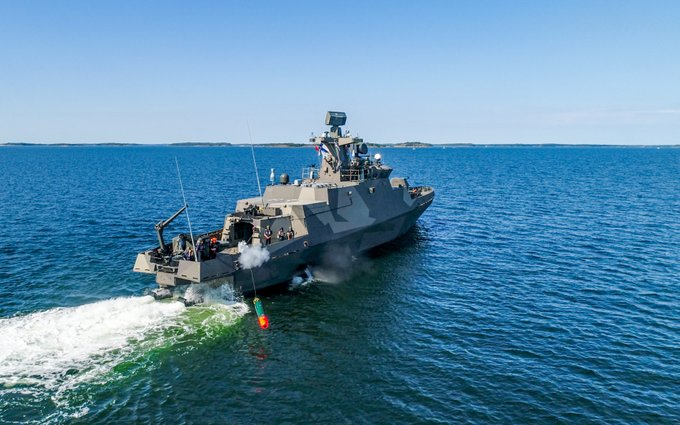 Finnish Navy fires torpedo from Hamina-class FAC for the first time