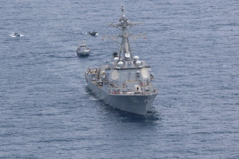 USS Kidd and El Salvadoran Forces conduct PASSEX