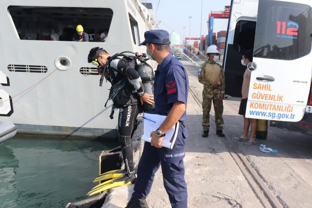 diving01 - naval post- naval news and information