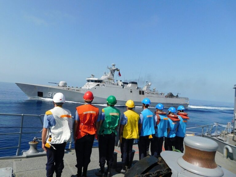 Indonesian corvette holds maritime drills with Turkish naval assets