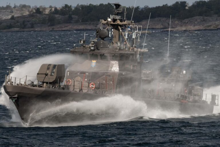 Standing NATO Maritime Group-1 visits & holds drills Finland