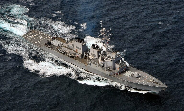 USS Ross Returns to the Barents Sea