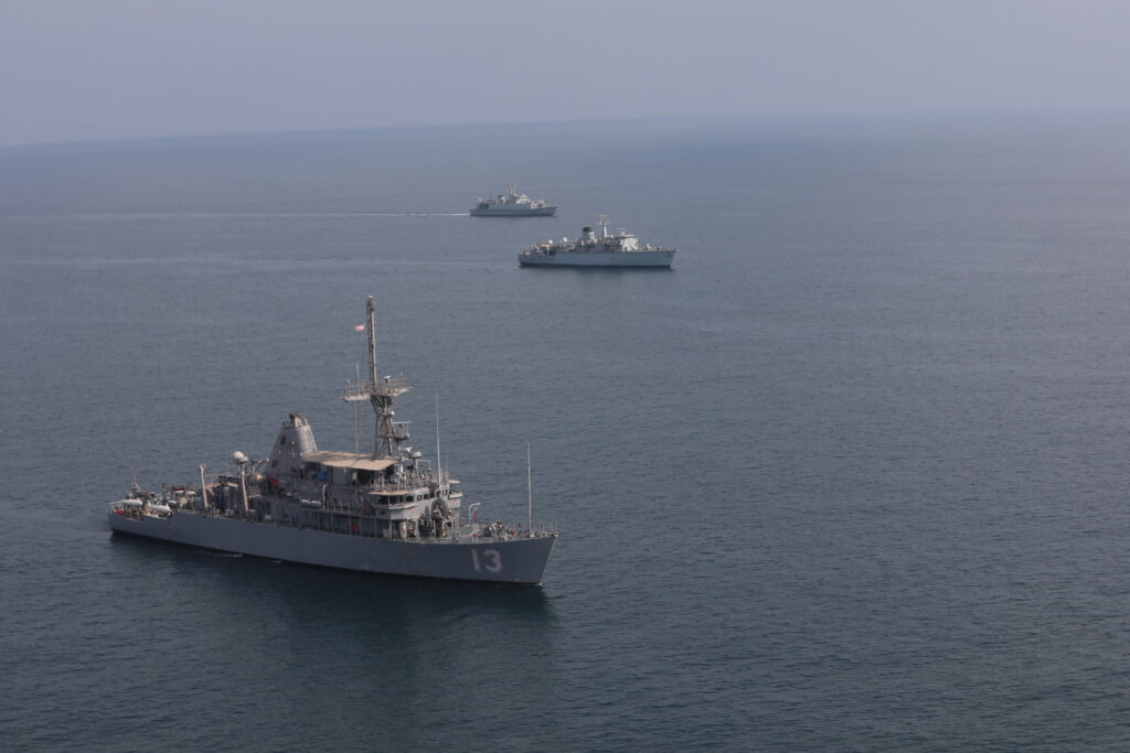 201111 a rx269 1063 - naval post- naval news and information