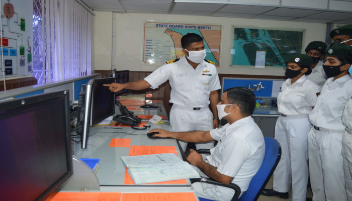 pic 17 - naval post- naval news and information