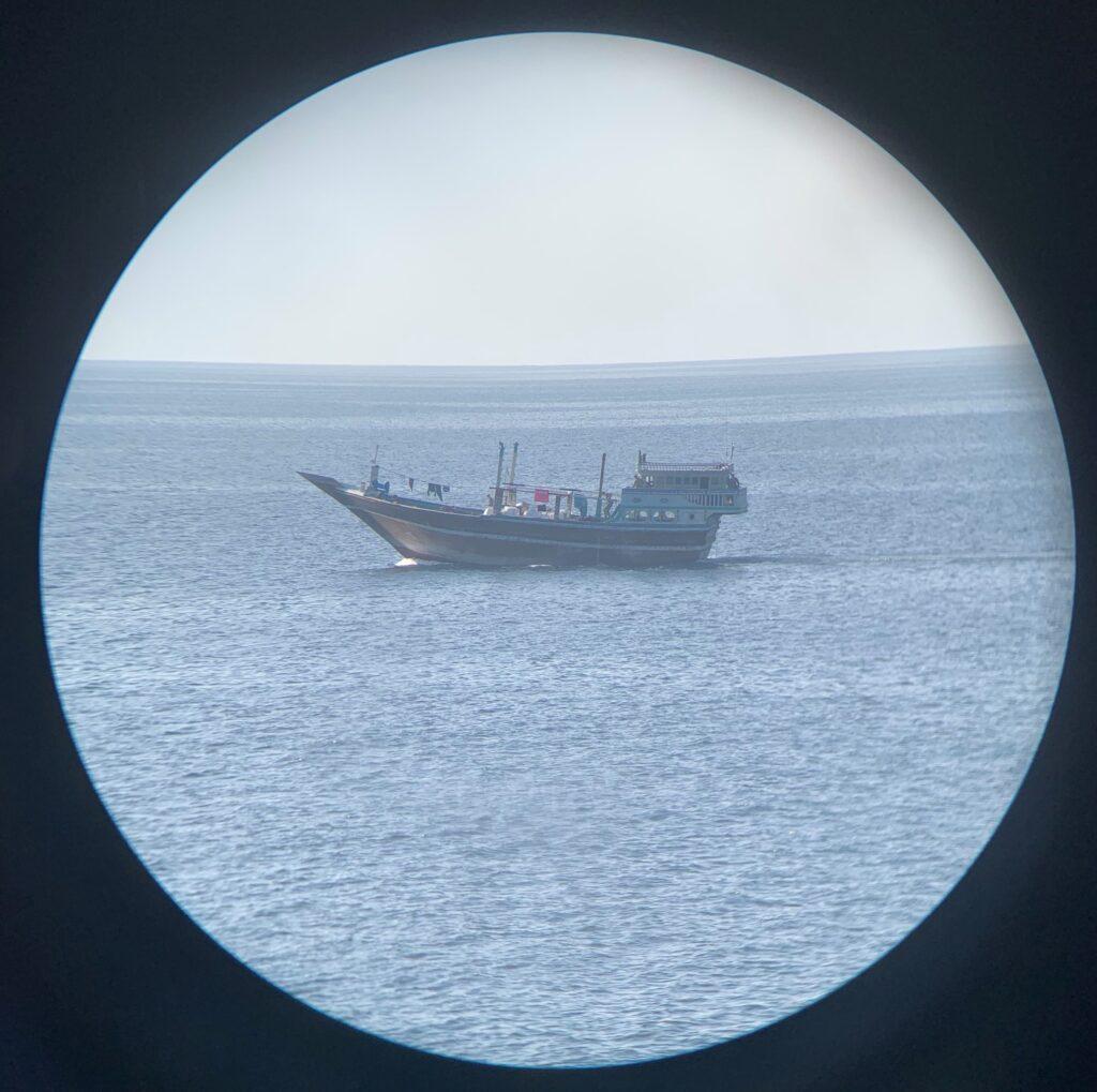 hms montrose drug interdiction dhow binoc - naval post- naval news and information