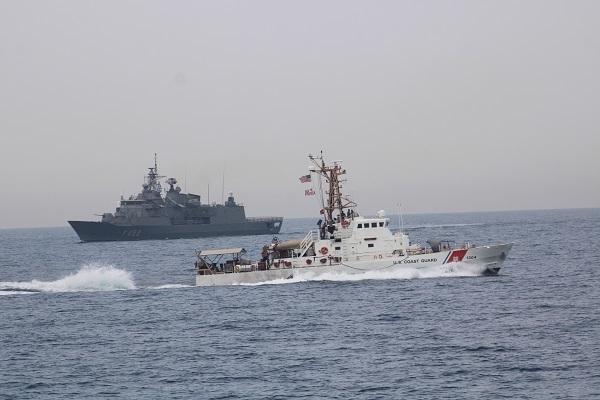 u.s. coast guard patrol boat uscgc maui (wpb 1304) and greek guided-missile frigate hs hydra (f452)