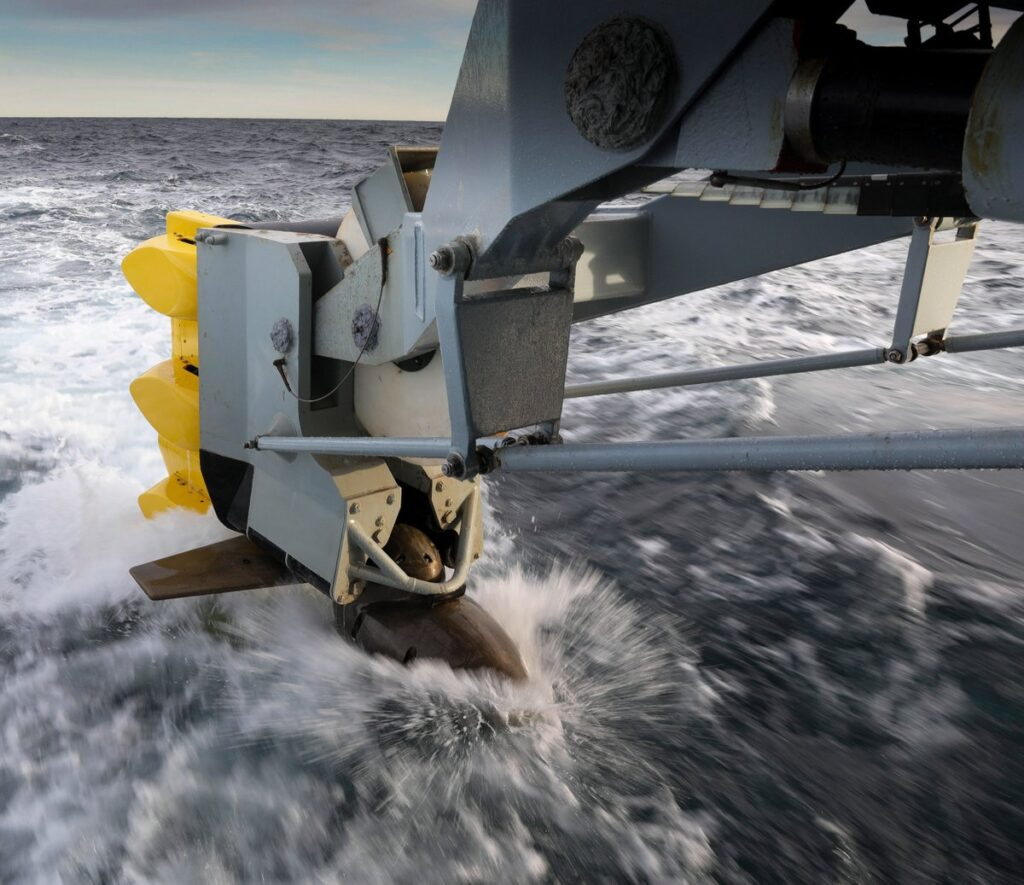 type 2087 sonar - naval post- naval news and information