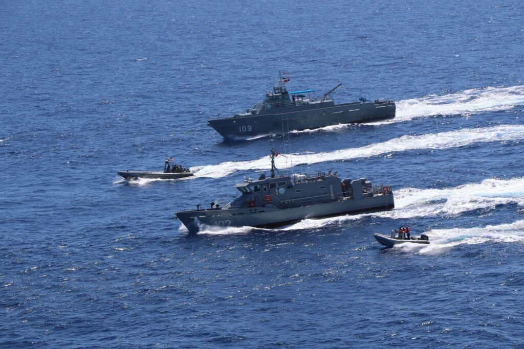 the dominican republic near coastal patrol vessel betelguese (gc 102) and coastal patrol vessel orion (gc 109) conduct a bi-lateral maritime exercise with the freedom-variant littoral combat ship uss wichita (lcs 13), march 24, 2021