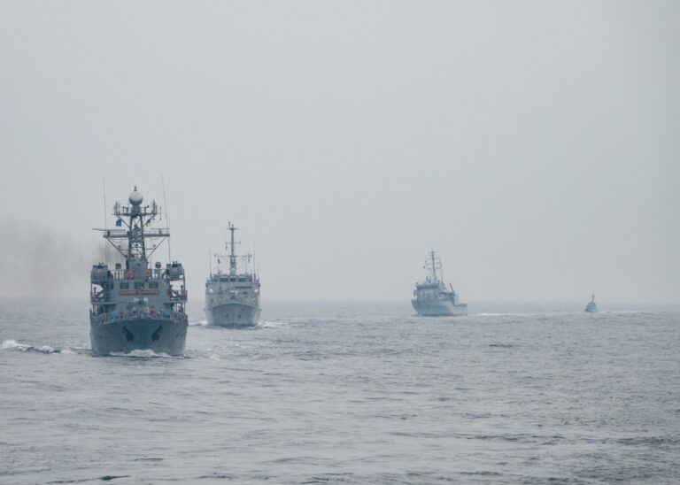 Standing Nato Mine Countermeasures Group 2  holds drills with the Ukrainian Navy