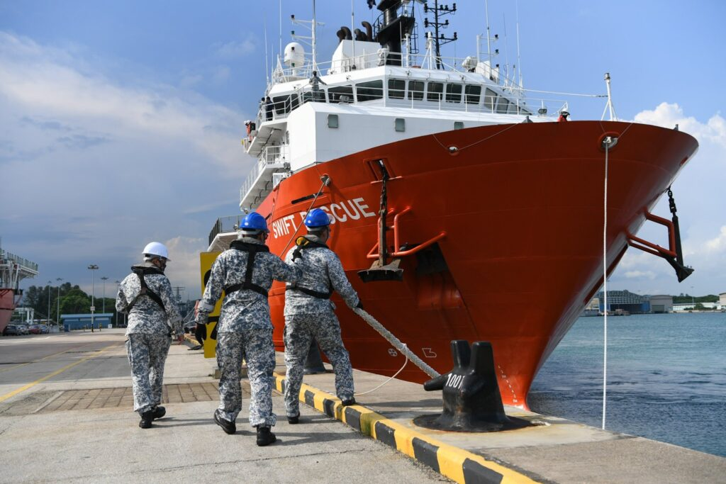 mv swift rescue leaving changi naval base to join the search operations 3 - naval post