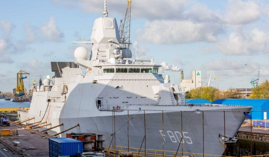 dsam readies hnlms evertsen 1 1 - naval post- naval news and information