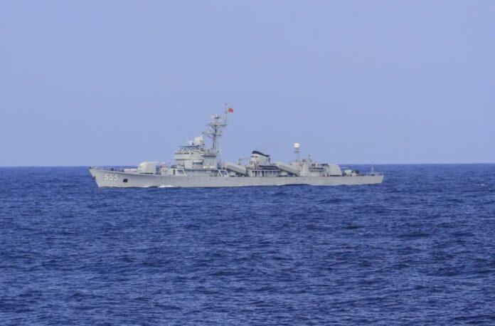 Type 053H1 frigate