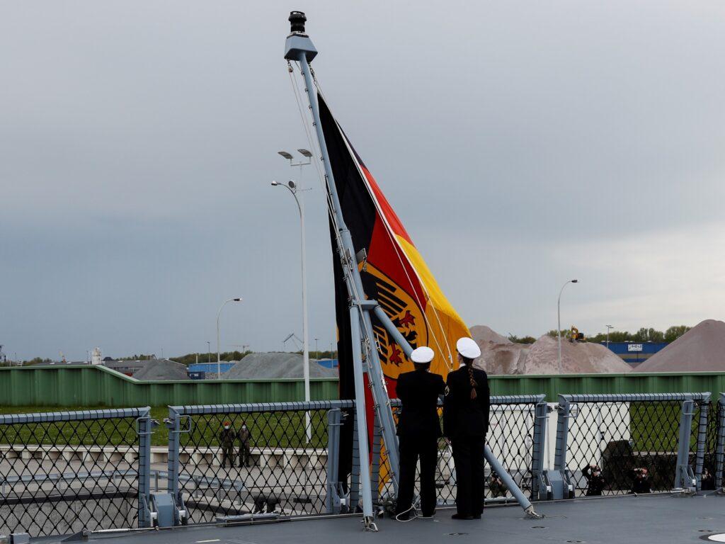 fgs sachsen anhalt 224 3 - naval post- naval news and information