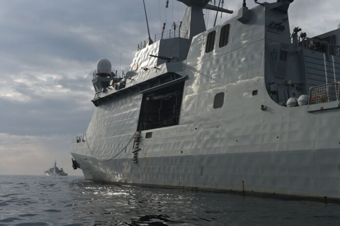 The Spanish navy ship Meteoro, foreground, and the Canadian navy ship Shawinigan are underway as part of Phoenix Express 2019. (US Navy Photo)