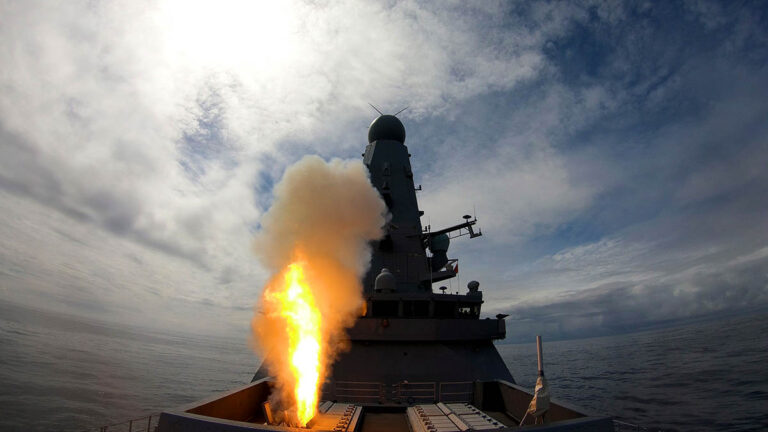 Royal Navy tests artificial intelligence for missile defence