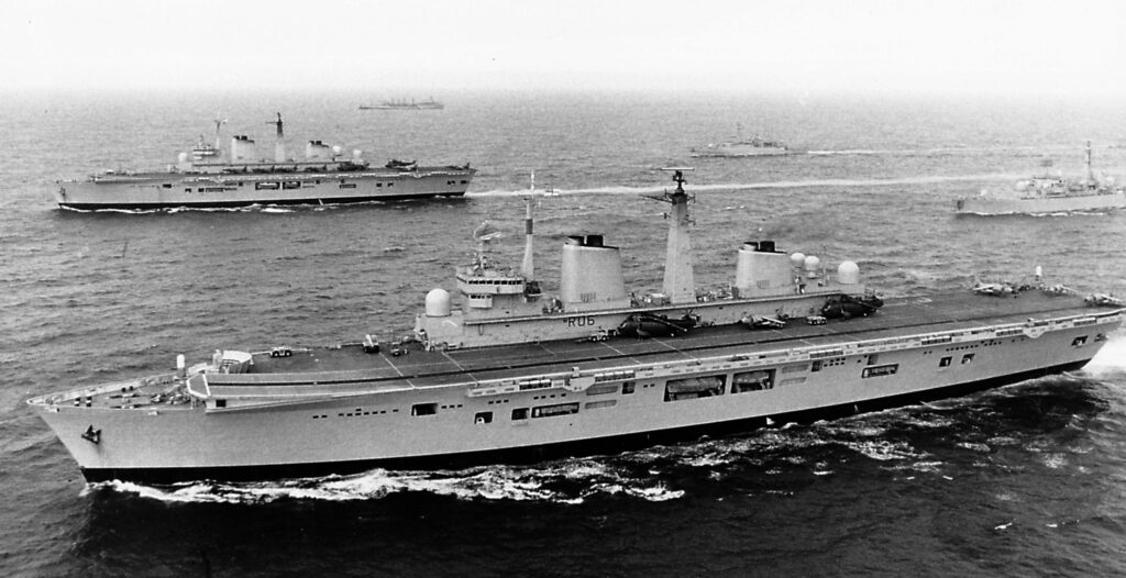 hms invincible hms illustrious - naval post- naval news and information