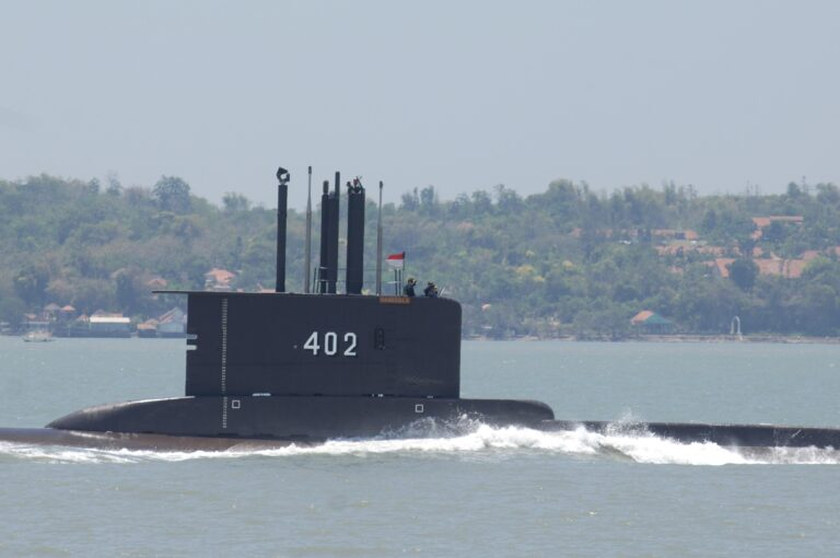 China sends rescue ships to help recover KRI Nanggala 402