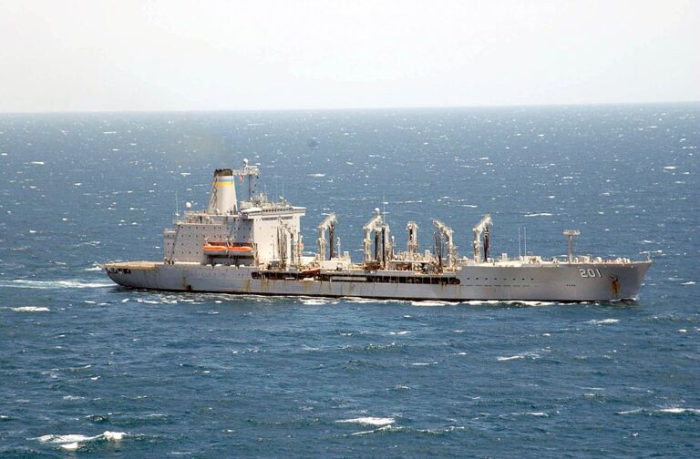 USNS Patuxent Rescues Mariners from Sinking Ship in Gulf of Aden