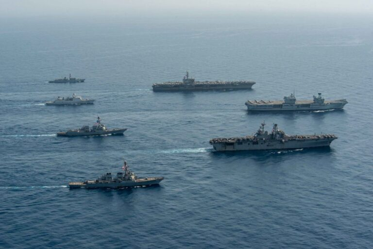 UK, Dutch, and U.S. Naval Forces Conduct Joint Exercise in the Gulf of Aden